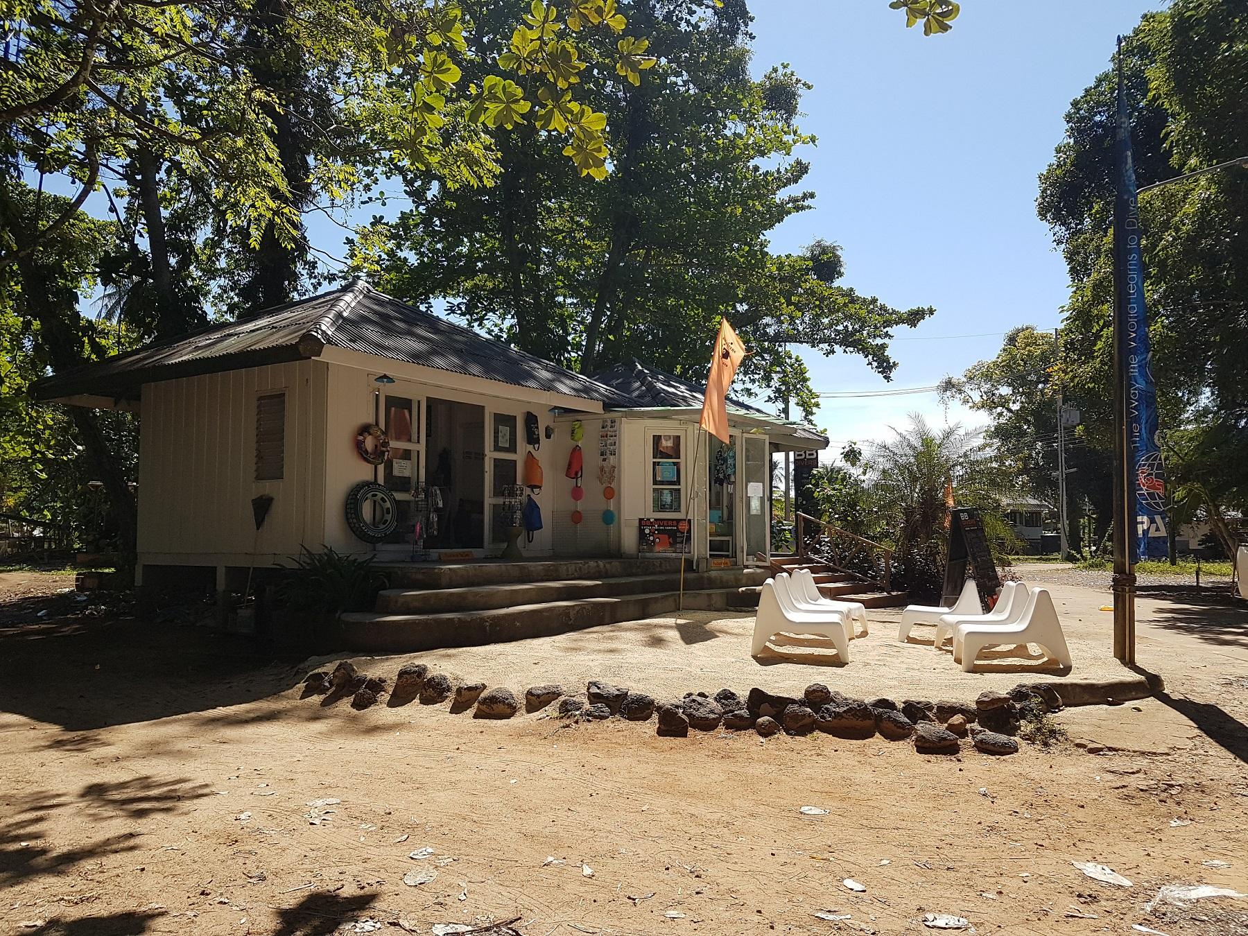 koh-mak-resort-shop